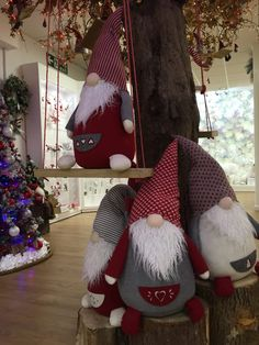 What are 'Gonks'? Gonks, also known as Tomte in Sweden, Tonttu in Finland, Nisse in Norway and Denmark, are small. Woodland Christmas, Christmas Gnome, Christmas Sewing, Christmas Makes, Scandinavian Christmas, Christmas Art, Christmas Ornaments, Scandinavian Gnomes, Felt Christmas Decorations