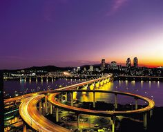 Chungdam Bridge, Seoul Korea.