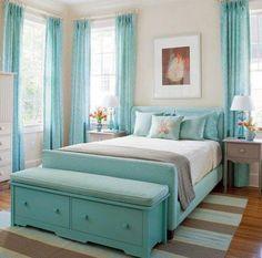turkuvaz renkli şık yatak odası tasarımı