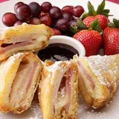 Sandwich - Bennigan's Monte Cristo on BigOven: An old Bennigan's recipe, before the restaurant went out of business.