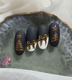 – Nägel design schlicht – Water - New Sites Nail Art Noel, Xmas Nail Art, Cute Christmas Nails, Xmas Nails, Christmas Nail Art Designs, Nail Art Diy, Holiday Nails, Love Nails, Pretty Nails