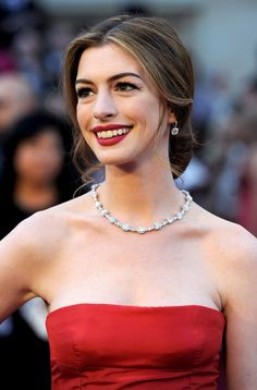 Anne Hathaway. Classic style and grace