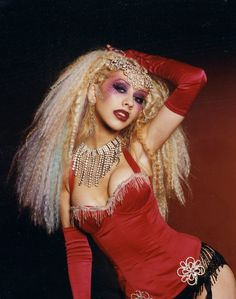 Christina Aguilera in the Lady Marmalade/Moulin Rouge video (click to view at 1259×1600).