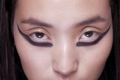 Marios Schwab S/S 2013 Beauty  Very daring.  I'd like to see this from a distance.