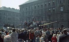 háttérben az István utca (Landler Jenő utca) torkolata. Utca, T 34, Budapest, Revolution, Concert, Beautiful, Concerts