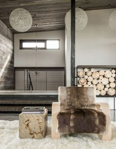 JH Modern is a contemporary mountain retreat for a couple from Texas designed by Pearson Design Group, situated in Jackson Hole, Wyoming. Wyoming, Modern Interior Design, Interior Architecture, Modern Mountain Home, Entry Hall, Jackson Hole, Rustic Interiors, Outdoor Rooms, Outdoor Living