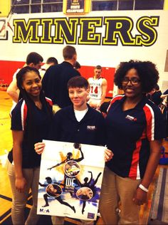 """""""FSU athletic training students volunteering at local HS basketball playoff game! #NATM2015 @NATA1950 @frostburgstate"""""""