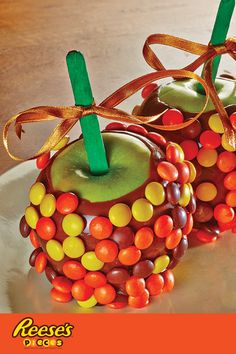 Take the classic caramel apple to the next level with REESE'S Pieces. Dunked in chocolate and caramel and covered with REESE'S Pieces, this sticky and sweet treat is the forbidden fruit everyone wants at the Halloween party.