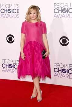 Pin for Later: 21 Unforgettable Outfits From the 2015 People's Choice Awards Kristen Bell Kristen Bell was downright adorable in taffeta Monique Lhuillier confection.