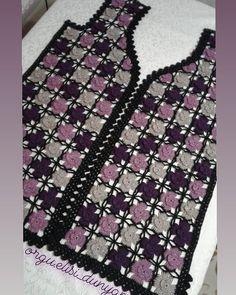 Vildan hanımın yeleğinin ikinci parçasıda bitti 😌Soran arkadaşlar var onun için yazıyorum. Bu örnek yeleğin arkası iki farklı şekilde… Crochet Jacket Pattern, Gilet Crochet, Crochet Granny, Baby Knitting Patterns, Crochet Patterns, Lace Vest, Crochet Designs, Blouse, Sweaters