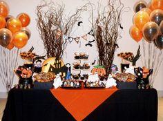Mesa decorada para festa de halloween. (Foto: Divulgação)