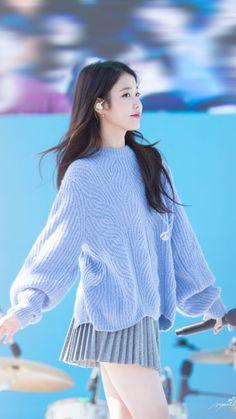 Snsd Yuri, Iu Fashion, Kpop Outfits, Korean Celebrities, Korean Actresses, Beautiful Asian Girls, Kpop Girls, Korean Girl, My Idol