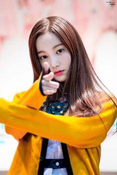 Kpop Girl Groups, Korean Girl Groups, Kpop Girls, Frozen Photos, Korean Star, Korean Actresses, Tumblr Girls, Sweet Girls, Korean Singer