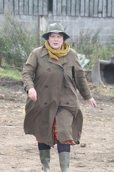 Brenda Blethyn as Vera Bbc Tv Shows, Bbc Tv Series, Best Series, Series Movies, Movies And Tv Shows, Royal National Theatre, English Drama, Police Crime, Tv Detectives