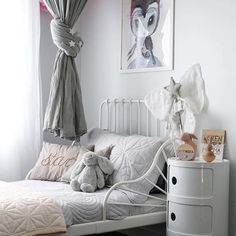 In love with Georgia\'s beautiful room Windy Reynolds Lattis ♡ ・・・ Dove grey Cot and Single quilt sets @bonnemereaustralia ♡ . . . #girlsdecor #interiors #style #kidsinteriors #kidsdecor #interiorkids #nurserydecor #quilt #kidsbedding #babymat #cotquilt #juniorquilt #singlequilt #dovegrey #beautiful #nurserystyle #babydecor #babybedding #bonnemereaustralia #bonnemere