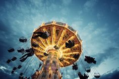 https://flic.kr/p/9ixBi3 | fun machine | Another photo from the fair Dippemess in Frankfurt. The sky that day was very kind to me. I like the colors here a little more.  Meet me on Facebook  500px  available at gettyimages