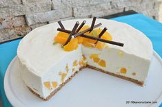 Crema de lamaie cu mascarpone si frisca | Savori Urbane Cake Cookies, Cupcake Cakes, Something Sweet, Cheesecakes, Dessert Recipes, Peach, Cooking Recipes, Ice Cream, Sweets