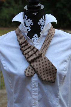 Ruffled Necktie Tutorial | The Good Life Blog