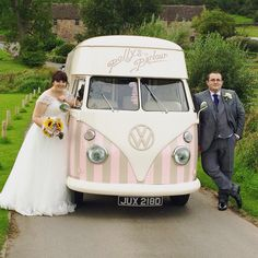 My Florence a beautiful vintage ice cream van available for weddings http://www.pollys-parlour.co.uk #weddingday #icecreamvan