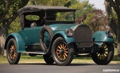 1918 Pierce-Arrow Model 66-A-4 Four-Passenger Roadster