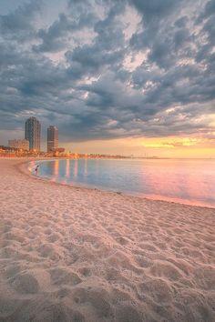 """visualechoess: """"Barceloneta Beach - by: Vasyl Onyskiv """""""