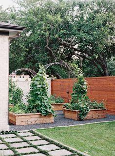 Veg Garden, Vegetable Garden Design, Home And Garden, Urban Garden Design, Vegetable Bed, Back Garden Design, Garden Boxes, Backyard Patio, Backyard Landscaping