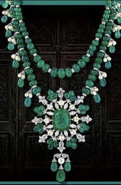27 New Ideas Fashion Style Rock Statement Necklaces India Jewelry, Gems Jewelry, High Jewelry, Bridal Jewelry, Beaded Jewelry, Emerald Necklace, Emerald Jewelry, Gemstone Necklace, Diamond Jewelry