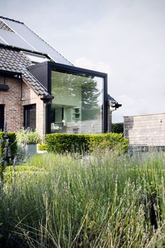 Glazen wand – Bogers Excellent Glaswand – Bogers Excellent This image has get. House Extension Design, House Design, Exterior Design, Interior And Exterior, Jacuzzi Outdoor, Beautiful Architecture, House Architecture, Glass Facades, House Extensions