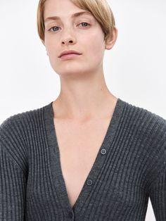 COS   New light knitwear