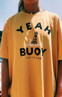 Life is good yellow t shirt Summer Outfits, Casual Outfits, Fashion Outfits, Womens Fashion, Jane Birkin, Mellow Yellow, Looks Vintage, Looks Cool, Swagg