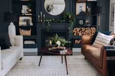 Decoration Room - Bright Idea - Home, Room, Furniture and Garden Design Ideas Dark Living Rooms, My Living Room, Living Room Decor, Small Living, Salons Cosy, Piece A Vivre, Room Colors, Paint Colors, Living Room Inspiration