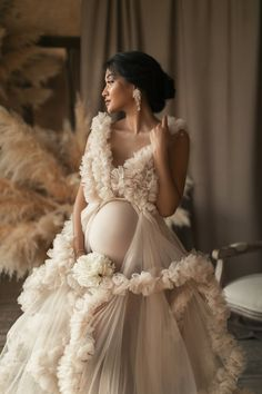 Long Sleeve Maternity Dress, Maternity Dresses For Photoshoot, Maternity Gowns, Maternity Pictures, Pregnancy Photos, Maternity Fashion, Bridal Dresses, Flower Girl Dresses, Bridesmaid Dresses