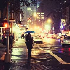 New Urban Landscape Photography City Life Rain Ideas City Rain, Ville New York, Walking In The Rain, City That Never Sleeps, Night City, Night Bus, Urban Landscape, City Lights, Night Lights