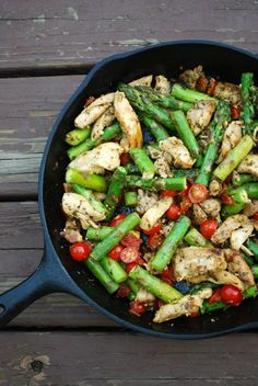 This skillet chicken dinner comes together in less then 30 minutes! It's fresh, healthy, and so delicious! Perfect for busy families!
