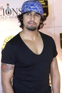 sonu-nigam Sonu Nigam, Music Industry, Singers, The Voice, Bollywood, Celebs, Mens Tops, Movies, Celebrities