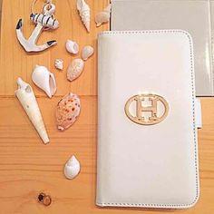 ☆NoaHsarK☆iPhone6plus手帳型ケースマグネット式閉じタブ合皮縦16.1cm 横8.6cm 厚さ1.8cm商標登録済みです。