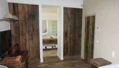 #Dressing pour une villa à Grimaud. Placards avec portes en chêne rustique, brossé, huilé, poignées en cuir artisanales, table de chevet assortie. Porte intérieure avec béquille et entrées carrées en inox / Dressing for a villa in Grimaud. Wardrobes with doors in rustic, brushed & oiled oak, with craft leather handles and matching side table.  #Home #Maison #Wood #Bois #Menuiserie #Carpentry #Decoration #Deco #SaintTropez #Rafflin