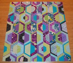 Happy Quilting: Shabby Hexie Twist - A Baby Quilt Tutorial
