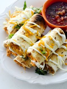 Baked Buffalo Chicken Taquitos - Recipe Diaries Baked Buffalo Chicken Taquitos for Weight Watcher's - 3 points - Recipe Diaries - Game day food Ww Recipes, Mexican Food Recipes, Cooking Recipes, Healthy Recipes, Chicken Recipes, Chicken Ideas, Popular Recipes, Delicious Recipes, Gastronomia