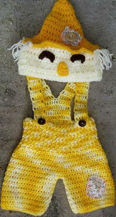 conjunto confeccionado em crochê. detalhes - botões,olhos,cabelinhos cor - amarelo,creme e marrom tamanhos - 0 a 3 / 3 a 6 / 6 a 9 / 9 a 12 meses frete por conta do comprador R$ 69,90