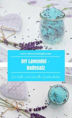 Bald kommt wieder Weihnachten und da suchen wir doch alle schöne und schnelle Kosmetik DIYs zum verschenken. Wie wäre es mit diesem blitzschnellen DIY Lavendel-Badesalz. Sehr schnell mit oder ohne Thermomix hergestellt. #Badesalz #diy #geschenk -Werbung-
