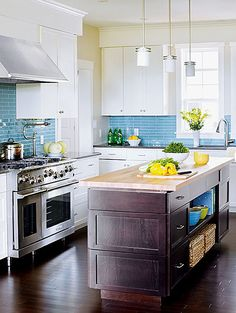 white kitchens backsplash ideas