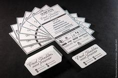 Разработка дизайна и высокая печать программы в 1 цвет, визитные карточки 85х55 в 1 цвет + скругление углов, производство и упаковка в подарочные пакеты из плотной бумаги с фирменной символикой.  #высокаяпечать #пригласительные #свадьба #конверты  #свадьба #letterpress #wedding #invitation #6hands #приглашение
