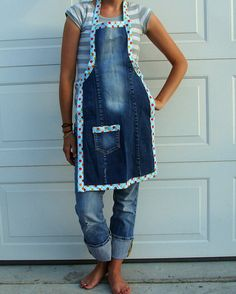 Re-use old jeans into an apron!