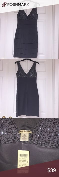 NEW Arden B Gorgeous party dress Arden B BRAND NEW With tags . Never worn Stunning party dress ! Charcoal gray with sequin on top. Size 8 Arden B  Dresses Midi