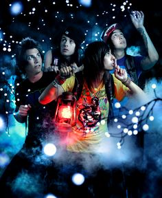 PIERCE THE VEIL! ah haha last time i saw these guys i accused them of stealing from me...awkwarddd after our slumber party <3 hope you guys are doing well!