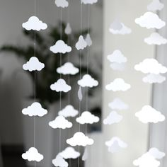 40 Creative Paper Garland Ideas for Weddings Cloud Party, Baby Shower Parties, Baby Shower Themes, Cloud Baby Shower Theme, Baptism Party Decorations, Valentine Decorations, Cloud Decoration, Star Cloud, Diy Inspiration