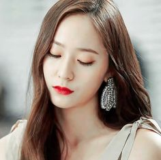Krystal Krystal Jung, Jessica & Krystal, Jessica Jung, Fx Luna, Asian Woman, Asian Girl, Bride Of The Water God, Girl's Generation, Ailee