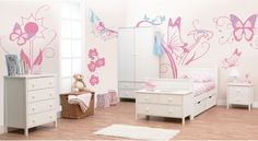 Your Little Butterfly Lover will Adore This! Your little sweetheart is fascinated by butterflies and loves to watch these beautiful creatures flapping their wings through the air.  Why not turn their bedroom into an enchanted garden, filled with huge pink and blue butterflies and flower blossoms?