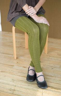 Miss Julia's Vintage Knit & Crochet Patterns: Free Patterns - 25 Luscious Leg Wa. - Miss Julia's Vintage Knit & Crochet Patterns: Free Patterns – 25 Luscious Leg Wa… Miss Juli - Knitting Patterns Free, Free Knitting, Free Pattern, Crochet Patterns, Knit Leg Warmers, Lion Brand Yarn, Knit Leggings, Vintage Knitting, Vintage Crochet